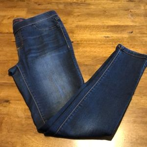 Pre owned Juniors Jeggings SZ M Blue Denim color